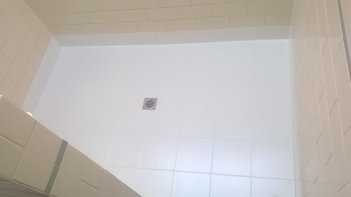 Tile repair perth tile replacement perth looks great replace tiles on floor and first row after doublecrazyfo Images